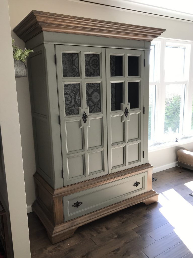 armoire makeover, amy's upcycles, Pottstown PA, painted furniture