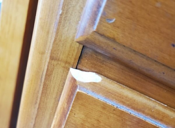 Amy's Upcycles, Pottstown PA, dresser, white dresser, upcycle, refinish, tack, painted furniture