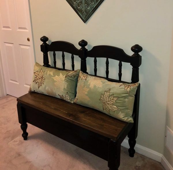 Amy's Upcycles, repurpose, crib to bench, upcycle, Pottstown PA, painted furniture, TCACC