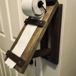 Wooden note roll holder