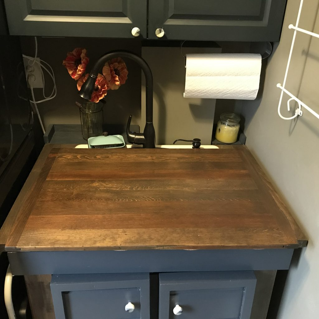 board over utility sink