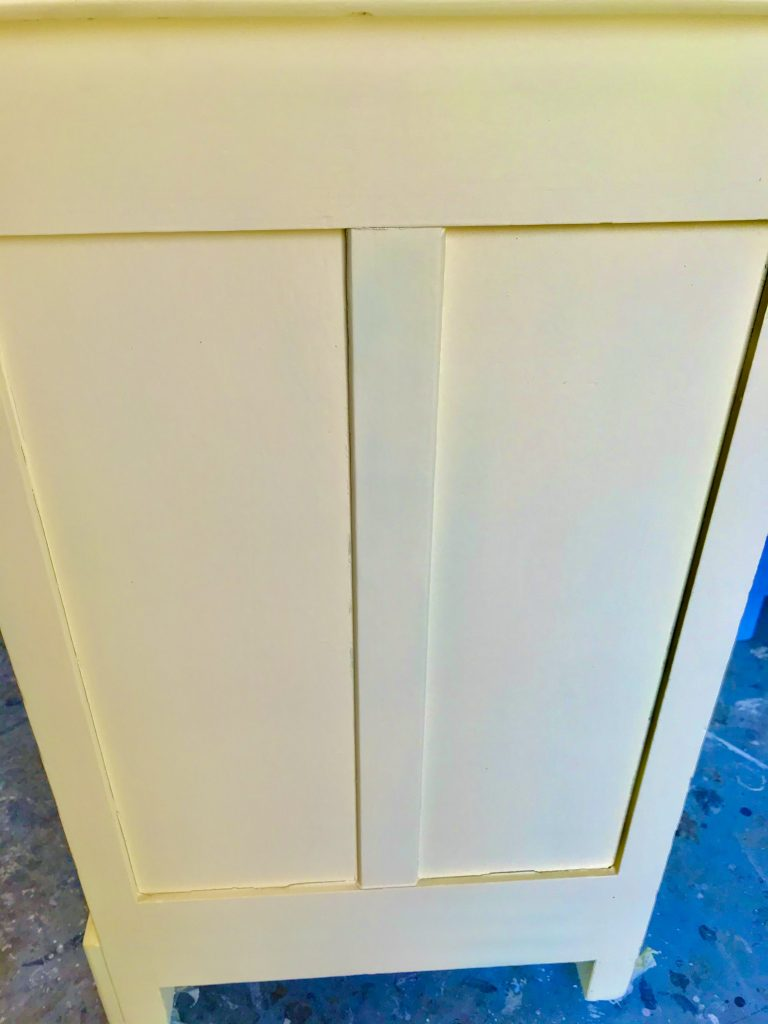 Dresser Painted La Luna Amarilla